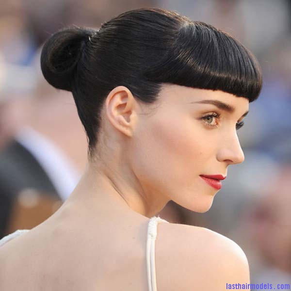 Bun hairstyles red carpet hairstyles Oscar 2012 Rooney Mara Rooney Maras short bun: Shine and neatness in one!!