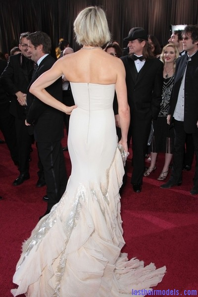 Cameron Diaz 2012 Oscars 2 Cameron Diazs  signature short bob: Short is in!!