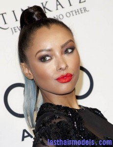 Celeb Hairstyle Kat Graham Sports Sleek Two Toned Top Knot Ponytail 231x300 Celeb Hairstyle Kat Graham Sports Sleek Two Toned Top Knot Ponytail