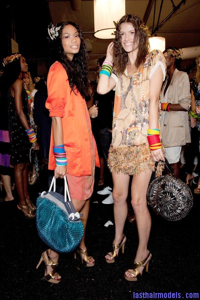Diane+von+Furstenberg+Spring+2010+Backstage+57Vnvx8wHCXl Hawaiian inspired crimped hairstyle with artificial flowers.