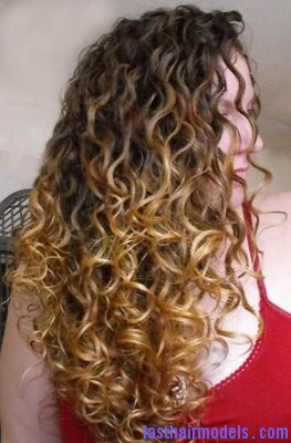 Erin1 Natural Botticelli curls.
