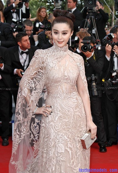 Fan+Bingbing+Rust+Bone+Premieres+Cannes+MPKItASkEpRl Fan Bing Bing's bow shaped updo: Combining moderancy with tradition.