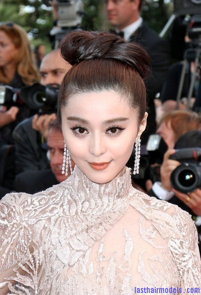 Fan+Bingbing+Rust+Bone+Premieres+Cannes+rOsP8 I YSJl Fan Bing Bing's bow shaped updo: Combining moderancy with tradition.