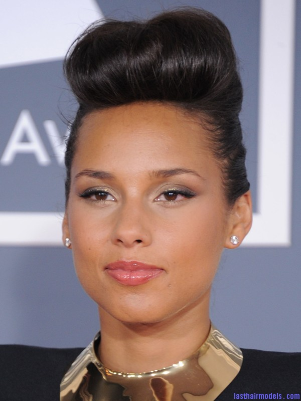 Alicia Keys Updo Hairstyles Alicia with Stylish Updo