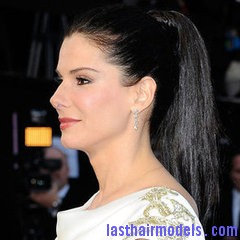 Hair How Recreate Sandra Bullocks Sleek High Ponytail from 2012 Oscars Sandra Bullock's high ponytail: Perfect match for her monochrome dress!
