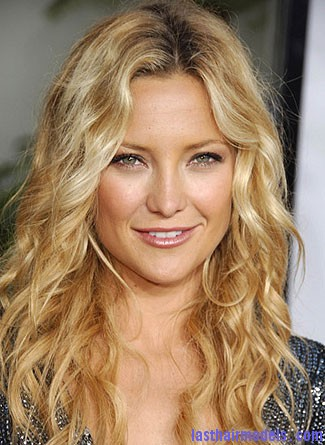 Hairstyle For Round Face Hawaiian hairstyles.