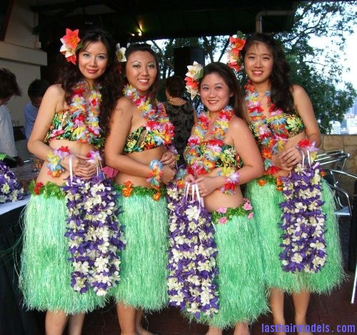 Hawaiian fashion Hawaiian hairstyles.