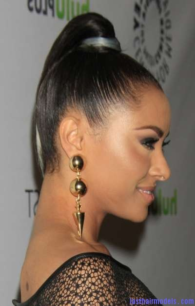 Kat Graham High Ponytail Hairstyles 2012 2 Kat Graham's straight ponytail.