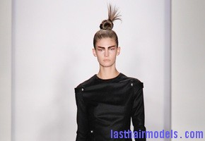 Kevork Kiledjian Autumn Winter 2012 Top of the head knot.