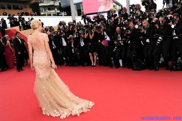 Madagascar+3+premieres+Cannes+NrYESWmlfdwl Naomi watts flowered ballerina: Curly messy tiny!