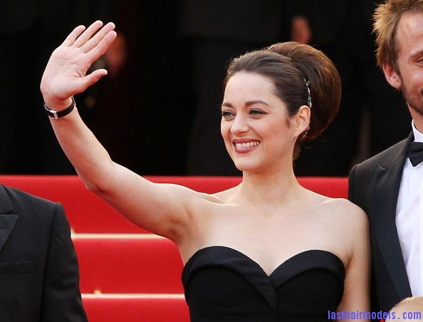 Marion+Cotillard+Updos+Retro+Updo+a5a9C0z5q85l Thick round retro bun: Simply gorgeous!