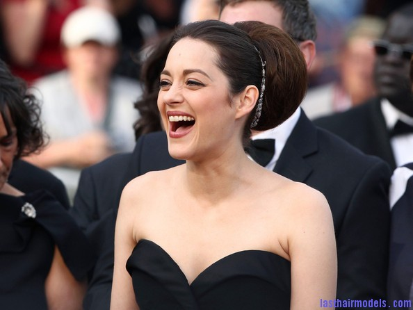 Marion+Cotillard+Updos+Retro+Updo+mPRi8ZWs0aHl Thick round retro bun: Simply gorgeous!