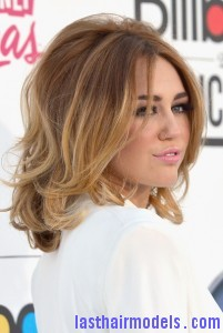 Miley+Cyrus+2012+Billboard+Music+Awards+Arrivals+FcqA7gJZXUbl 201x300 Miley+Cyrus+2012+Billboard+Music+Awards+Arrivals+FcqA7gJZXUbl