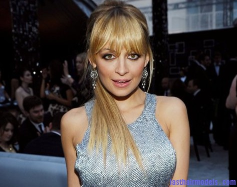 Nicole Richie1 Nicole Richies surprising updo: Different hairstyle worth trying!