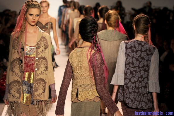 Odd+Molly+Runway+Spring+2011+MBFW+ZYOip3MrszGl Messy braids with funky hair extensions.