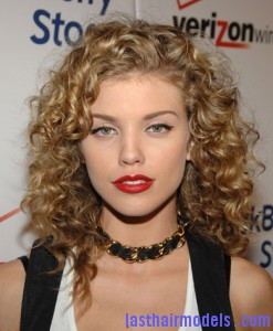 annalynne curly 247x300 annalynne curly