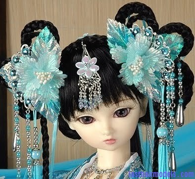 chinese traditional dress 4 Chinese hair accessories: Plenty to choose from!