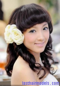 elegant chinese wedding hairstyles 1 212x300 elegant chinese wedding hairstyles 1