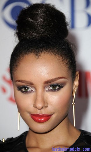 katerina look hair 1000 Kat Grahams afro hair top knot in style.