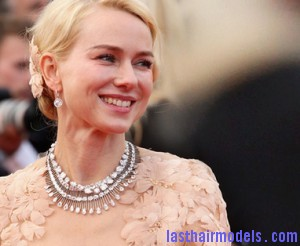 le collier chopard port   par naomi watts 8883 north 382x 300x246 le collier chopard port   par naomi watts 8883 north 382x