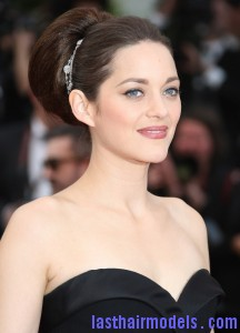 marion cotillard 65th annual cannes film festival 01 216x300 marion cotillard 65th annual cannes film festival 01