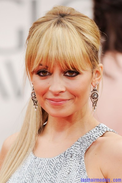 nicole richie goldenglobes2012 makeup Nicole Richies surprising updo: Different hairstyle worth trying!