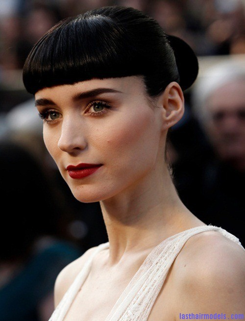 rooney mara matador hair oscars 2012 thumb Rooney Maras short bun: Shine and neatness in one!!