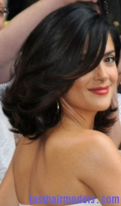salma hayek3 177x300 Blowout Hairstyle