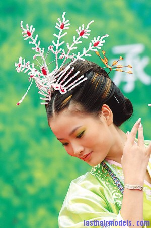 traditional chinese hairstyle Traditional Chinese hairstyles.
