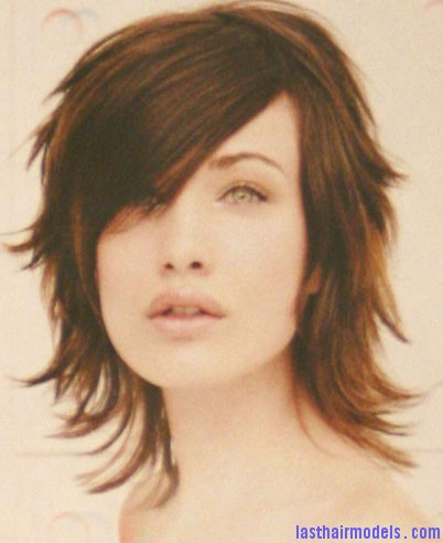 2004 brunette flicks The perfect Razorcut.