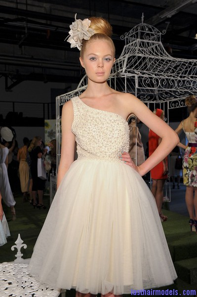Alice+Olivia+Spring+2012+J75Y3n8znc2l Newer Wedding hairstyles.