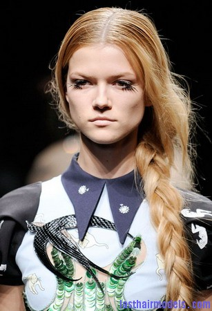 MiuMiusidebraid Is plaiting good for your hair?
