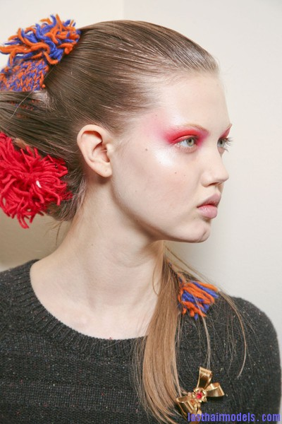 Thakoon+Fall+2011+Backstage+qHFdHXt7htUl Chinese inspired woolen hair accessorized buns.
