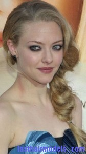 amanda seyfried3 168x300 Amanda Seyfrieds Voluminous Braid