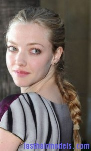 amanda seyfried6 182x300 Amanda Seyfrieds Voluminous Braid