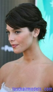 ashley greene4 175x300 Ashley Greene Criss Cross Hairstyle