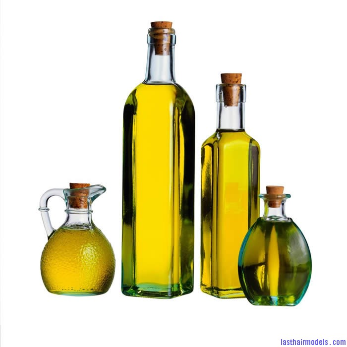 best hair oil for hair loss Oiling your hair perfectly.