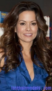 brooke burke 171x300 Brooke Burke Hairstyle With Spiral Curls