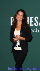 brooke burke6 168x300 Brooke Burke Hairstyle With Spiral Curls