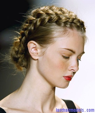 french braid Is plaiting good for your hair?