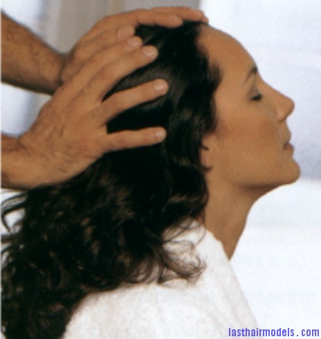 head Perfect Hair massage.