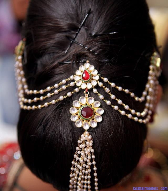 indian wedding hairstyle1 Indian wedding hairstyles.