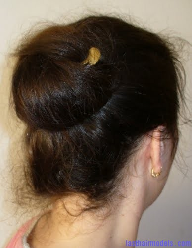 larksneu2 Lazy wrap hairstyle: Tuck a stick in!
