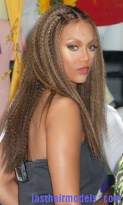 tyra banks3 180x300 Tyra Banks Crimped Hairstyle