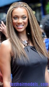 tyra banks7 168x300 Tyra Banks Crimped Hairstyle