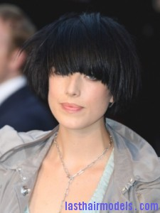 Agyness Deyn Black Bowl Bob Hairstyle 225x300 Agyness Deyn Black Bowl Bob Hairstyle