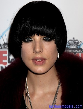 Agyness deyn edgy cropped proto custom 14 Agyness  Deyn 's Bowl cut hairstyle: Ultra chic chick!