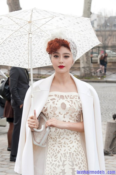 Fan+Bingbing+Celebs+Louis+Vuitton+Show+Paris+TsfRR1t8d9xl Fan Bing Bing retro brunette curly hairstyle: Covering with an upside bandana!