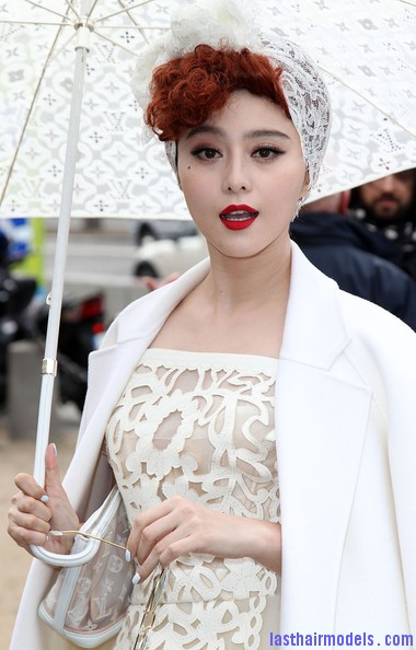 Fan+Bingbing+Celebs+Louis+Vuitton+Show+Paris+UtuPput7BU7l Fan Bing Bing retro brunette curly hairstyle: Covering with an upside bandana!