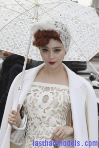 Fan+Bingbing+Louis+Vuitton+Outside+Arrivals+yvdc0GBqWMCl 200x300 Fan+Bingbing+Louis+Vuitton+Outside+Arrivals+yvdc0GBqWMCl